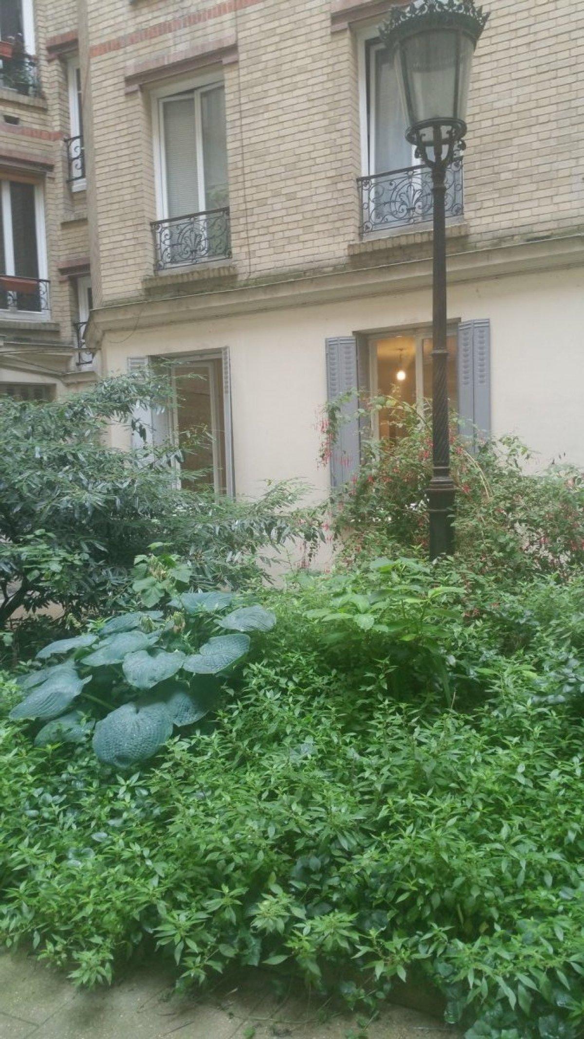 vente 3 pièces de 66 m² env. avec balcon-terrasse 3 pièces f3 t3 - a